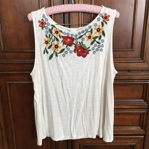 Adiva Floral Embroidered Tank Top
